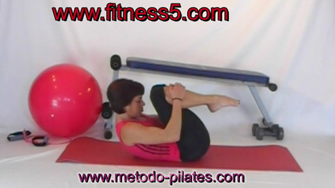 Ejercicio pilates Abdominales con hiperflexion de la columna y brazos