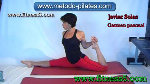Ejercicio pilates Postura pilates clasico de estiramiento de piernas integral, apertura y flexion.